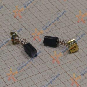 1003879-00 Black+Decker Щетка графитовая KG900 (комплект 2шт.) / BRUSH PAIR 230V